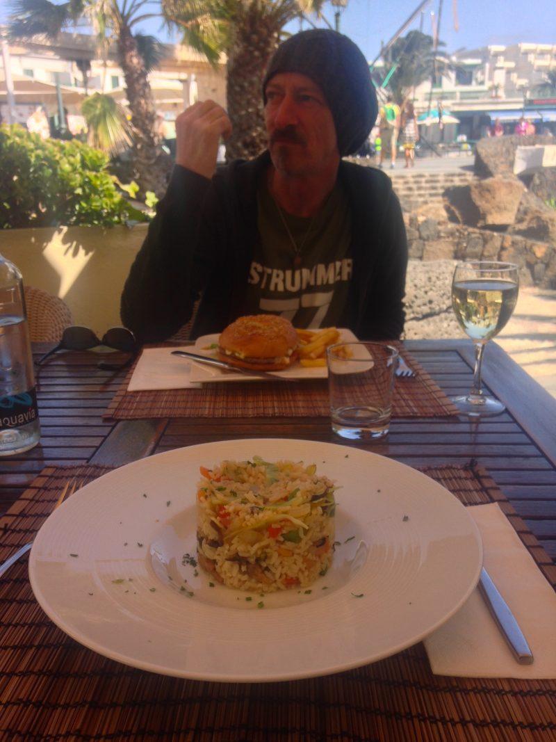 vegetarian paella dish la chiminea costa teguise lanzarote