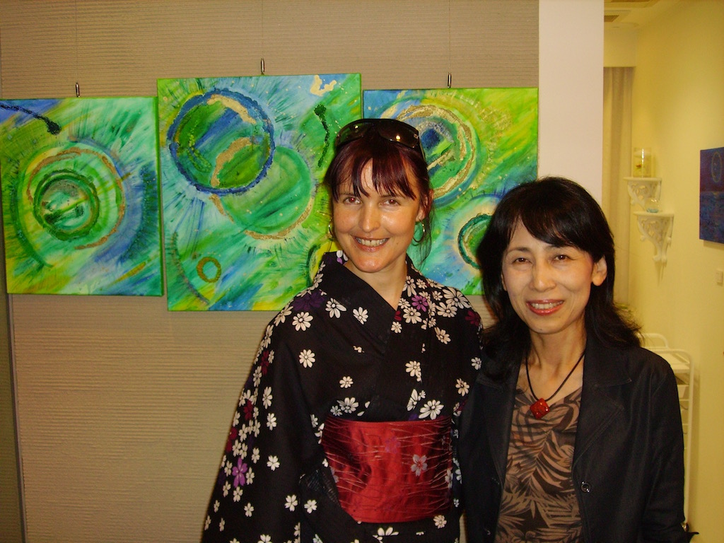 Emerald Dunne Art exhibition in Japan. Art de Art Gallery, Takatsuki.
