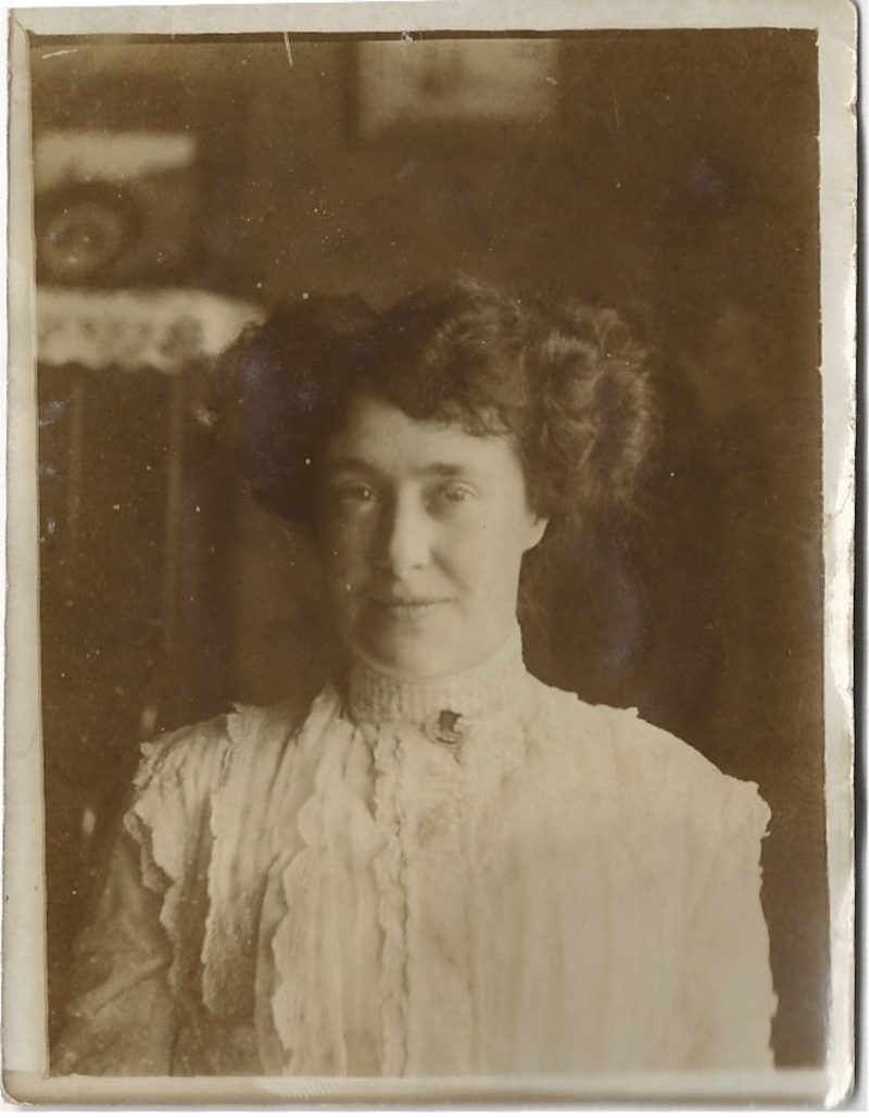 Old family photos: Great-Gran. My maternal granny's mum Ethel, late 1910s in south London.
