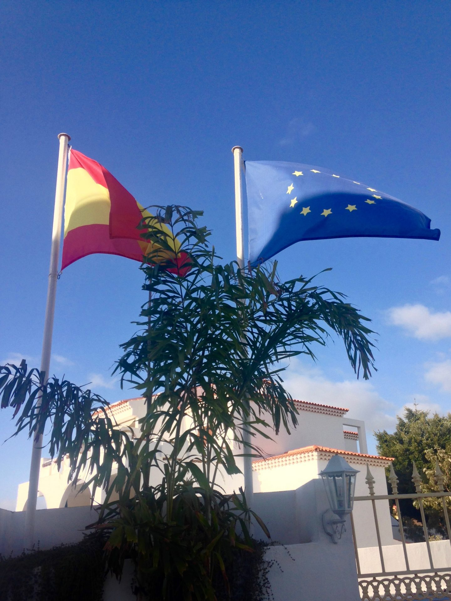 letter to my european friends spanish and eu flags
